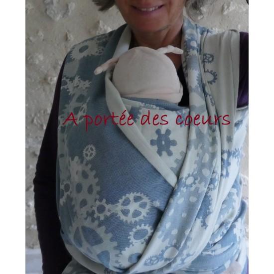 Cogs blue babywrap 30% wool, 70% cotton
